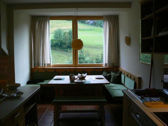 Landhaus Mauerwirt: sala da pranzo con vista sulle montagne