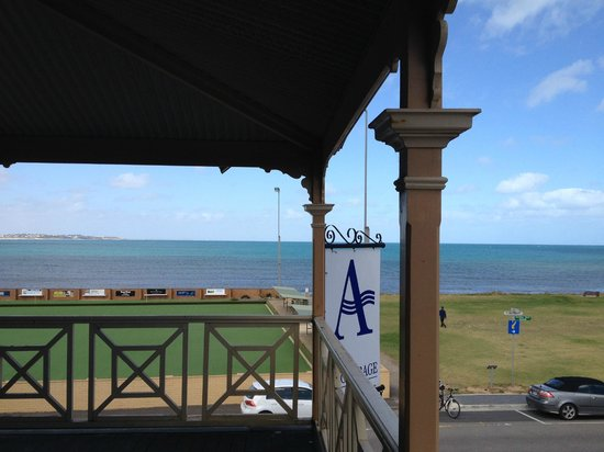 Anchorage Seafront Hotel: view from the little balcony