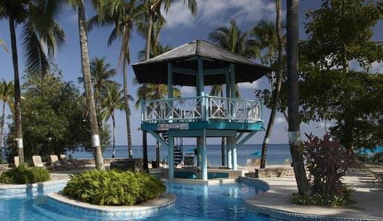 Rendezvous Resort: Pool