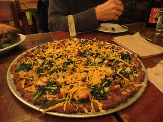 The Organic Grill : Pizza Special...apple, fennel, spinach, vegan cheese