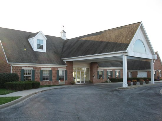 Best Western Westminster Hotel: front entrance to Best Western in Westminister, Md