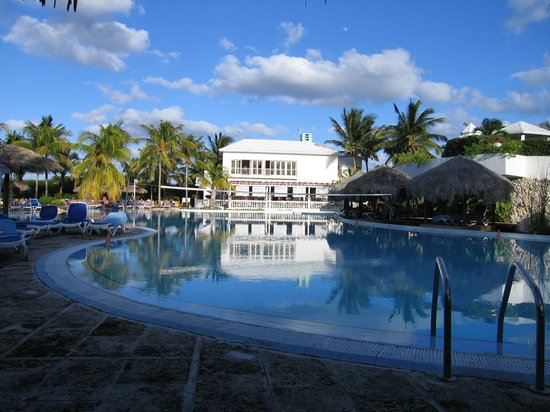 Melia Cayo Coco: Exterior/pool