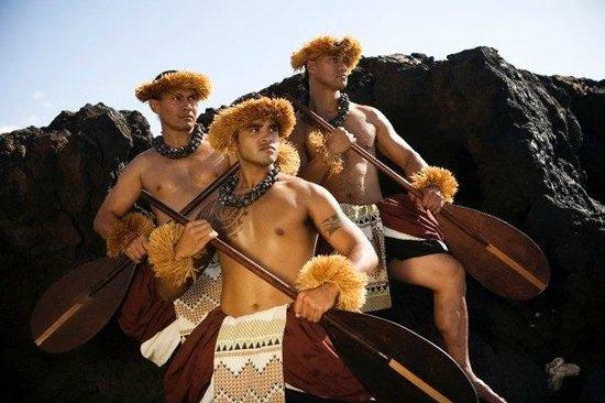 Gathering of the Kings Luau: Hula Kahiko (Ancient Hula)