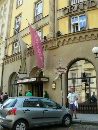 Grand Hotel Bohemia : front of hotel