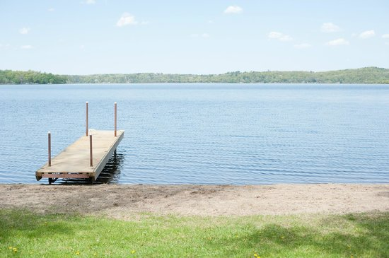 Gull Lake Resort : Perfect elevation right to the lake