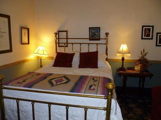 "Red Garter Inn : ""Madam's Room"""