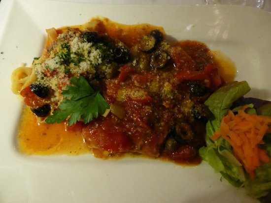 Osteria Stromboli: veal with tomatoes and capers
