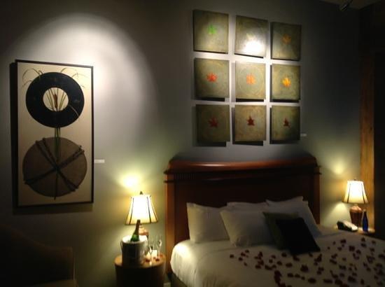 Lancaster Arts Hotel : Art