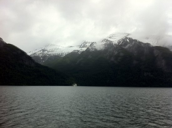 Cruce Andino Puerto Montt / Bariloche Day Tours: Cruce andino. Lago Nahuel Huapi.