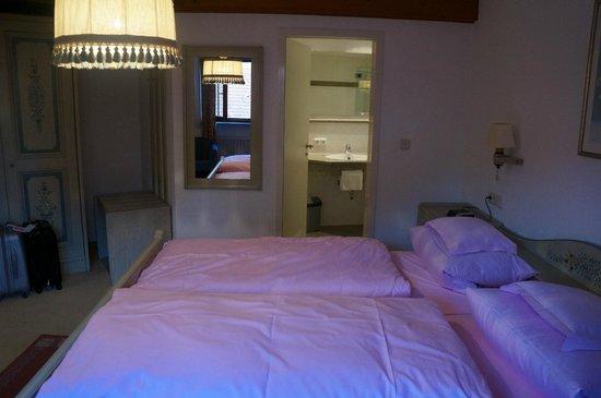 Tilman Riemenschneider Hotel : Another view of the bedroom