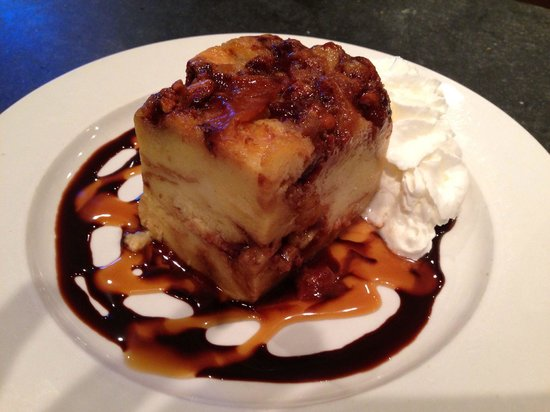 Christopher's a Neighborhood Place: Bread pudding