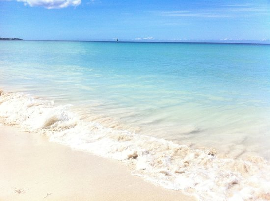 White Sands Negril: This is by far the most beautiful beach.
