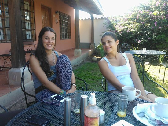 La Casa de Cafe: Mariola y Cristina