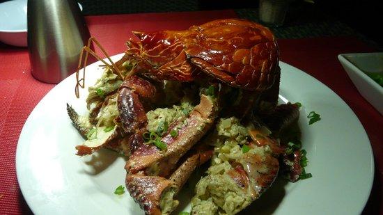 Cocomo Resort: Our delicious meal of Coconut Crab
