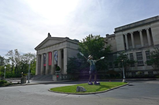 At the main entrance picture of cincinnati art museum Museums in cincinnati ohio