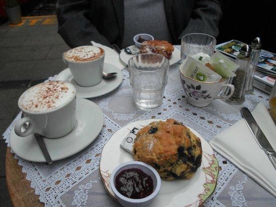 Queen of Tarts : A lovely breakfast
