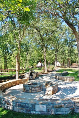 Meadowlake Ranch : Beautiful grounds