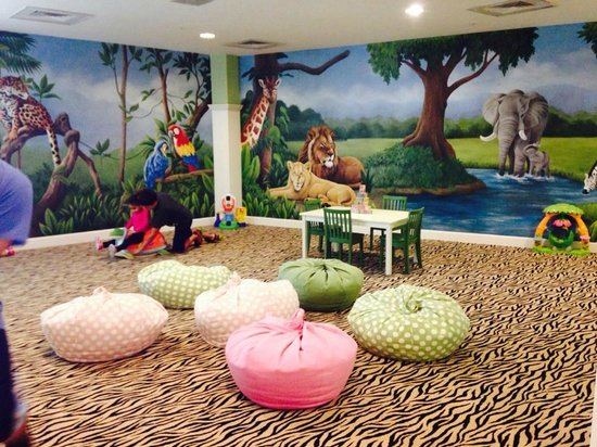 Diamond Beach: Kids playroom