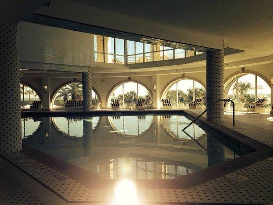 Diamond Beach: Indoor pool