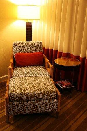 The Westshore Grand, A Tribute Portfolio Hotel, Tampa: Sitting area