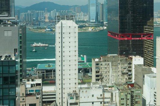 Holiday Inn Express HONG KONG SOHO : View from room