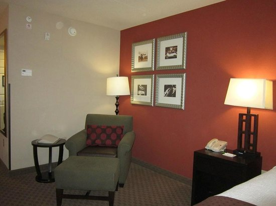 Holiday Inn Pensacola-N Davis Hwy: room