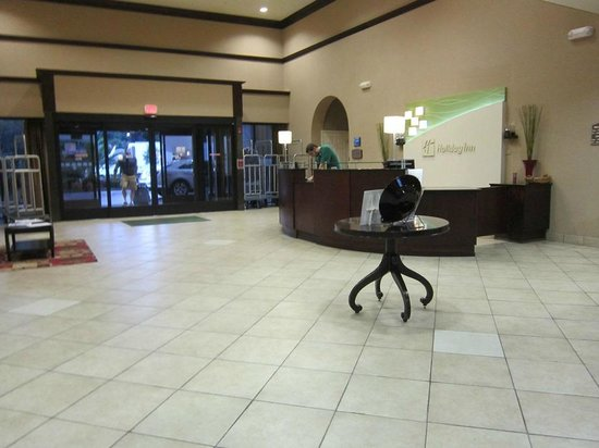 Holiday Inn Pensacola - University Area: entry