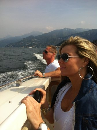 Taxi Boat Varenna - Day Tours: Taking in the sights
