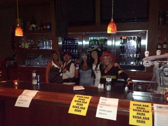 Alexander's Lounge: Happy Halloween