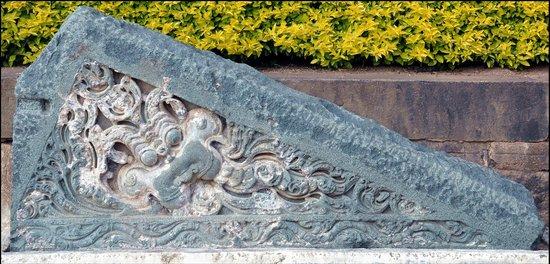 Bidar Fort: Sculpture found at garden