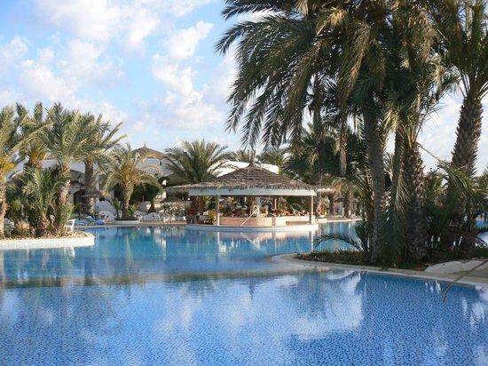 Fiesta Beach Club Djerba : AMBIANCE 06H DU MAT VUE DE MA CHAMBRE