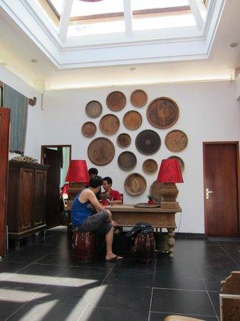 Kamar Kamar Rumah Tamu: Reception