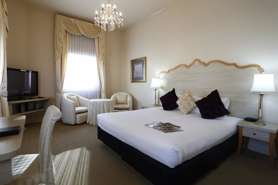 The Melbourne: Suite