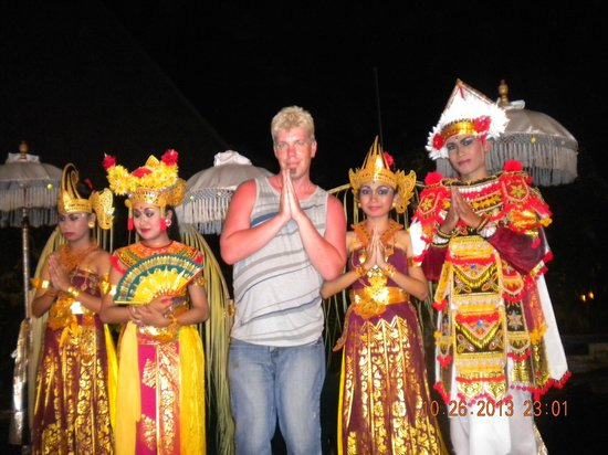 Ramayana Resort & Spa: hotel entertainment