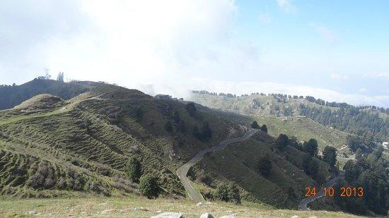 Dainkund Peak: Hike to Temple