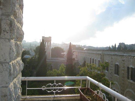 Capitol Hotel: Вид из номера (взгляд влево)