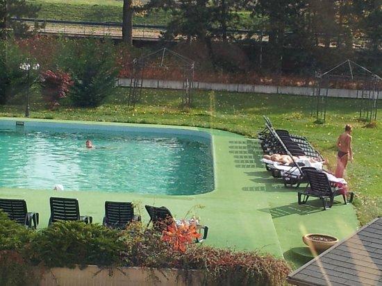 Spa Hotel Splendid: Открытый бассейн