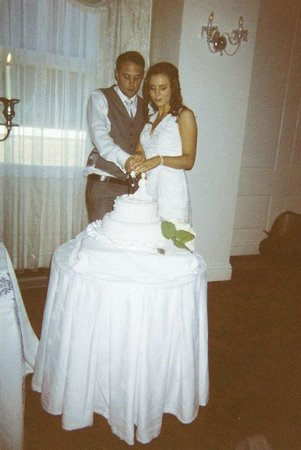Rochestown Park Hotel : Cutting the cake.