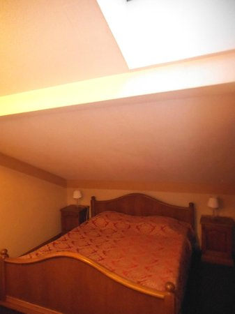 Forums Hotel: Double bed in the loft