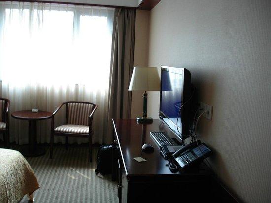 Jade Garden Hotel: La chambre