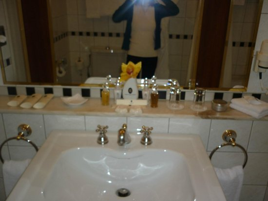 Belmond Grand Hotel Europe: Ванная