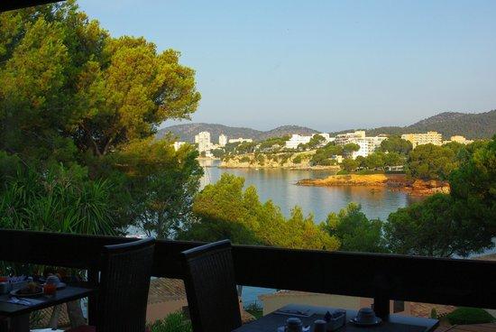 H10 Punta Negra Boutique Hotel: Вид из ресторана, где сервировали завтрак