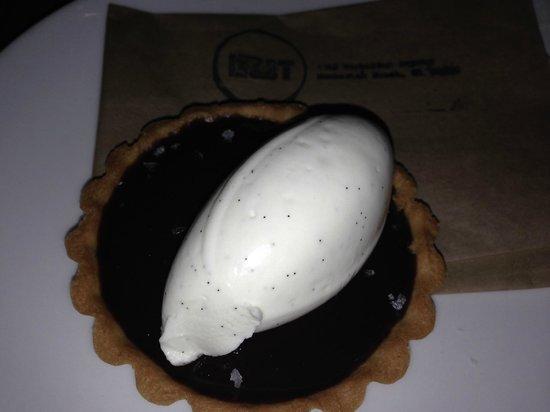 Manhattan Beach Post: Valrhona Chocolate Tart