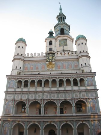 Rathaus Poznan : Front View