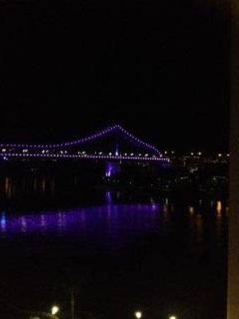 Brisbane Marriott Hotel : The illuminated Story Bridge from our 5th Floor room at the Brisbane Marriott.