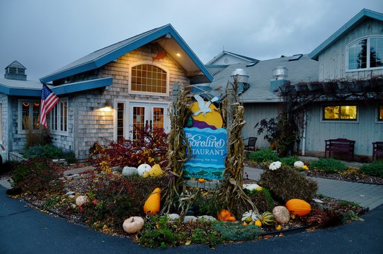 The Shoreline: All decorated for fall, a great curb appeal