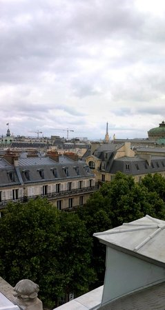 Paris Marriott Opera Ambassador Hotel : View from the top of the hotel
