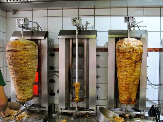 Ilan Grillstube: Doner meats