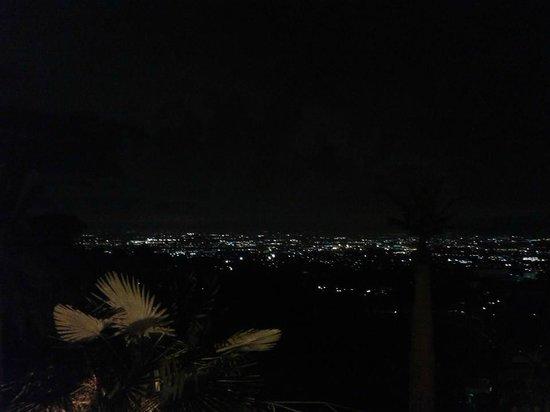 Park Hotel Villa Grazioli : vista su Roma notturna