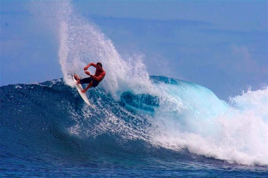Nukubati Private Island: surfing